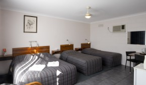 Port Wakefield Motel and Holiday Homes